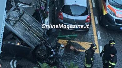 Photo of Castellammare. Rocambolesco incidente in Via Nocera, auto si ribalta
