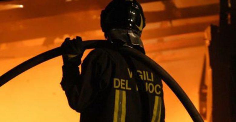 Castellammare di Stabia, maxi blitz dei carabinieri: arrestate 13 persone