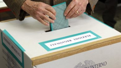 Photo of Elezioni Sicilia, vota solo il 46,76% : parte lo scrutinio testa a testa Musumeci – Cancelleri