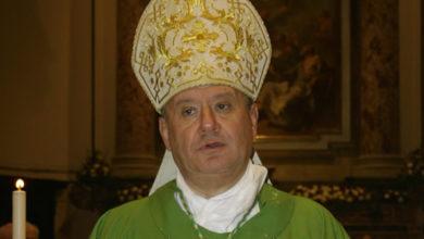 Photo of Acerra. Il Vescovo Di Donna ha invitato 100 persone a pranzo in Episcopio