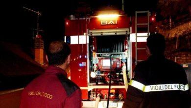 Photo of Castellammare. In fiamme la legna per l'Immacolata: panico tra i residenti