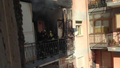 Photo of Gragnano. Tragedia sfiorata in Via Volta: in fiamme un appartamento (FOTO)