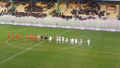Photo of La Paganese fa tutto da sola, l'autogol di Meroni risponde al vantaggio di Talamo: a Catanzaro termina 1-1