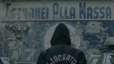 """Photo of Boom di visualizzazioni per """"Me staje appennenn' amò"""", il nuovo singolo di liberato (VIDEO)"""