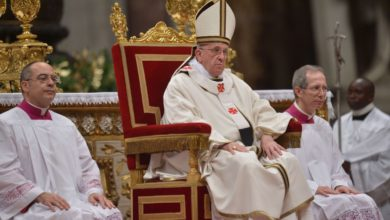 Photo of Chiesa social, il Vaticano lancia un app per aiutare i sacerdoti con le omelie