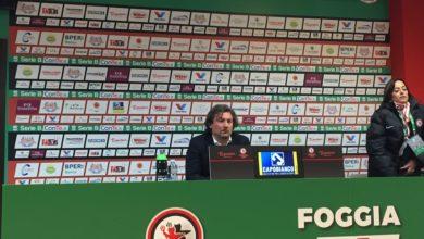 """Photo of Foggia, Stroppa: """"Mi è dispiaciuto per i fischi a Martinelli, non si fa così. Kragl? È in fiducia, ora potrebbe segnare anche ad occhi chiusi"""""""