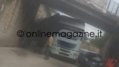 Photo of Gragnano. Camion si ribalta: traffico bloccato