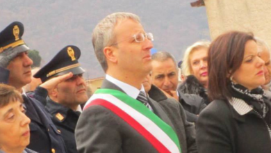 Photo of Casola di Napoli. Sfiduciato il sindaco Peccerillo
