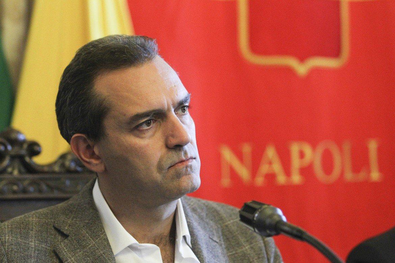Photo of Napoli. Il messaggio di de Magistris per il primo maggio