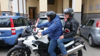 Photo of Napoli. Falchi arrestano due rapinatori in via Galileo Ferraris