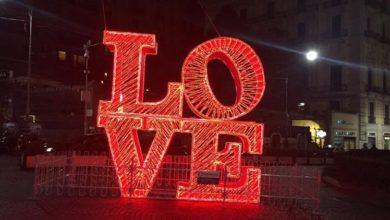 Photo of Napoli. Il San Valentino a Chiaia ricco di luci e iniziative per i turisti