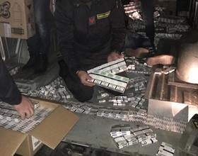 Photo of Caserta. Trasportavano 300 kg di sigarette di contrabbando: arrestati due ucraini