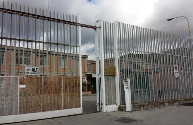 Photo of Rissa nel carcere di Salerno, due guardie ferite