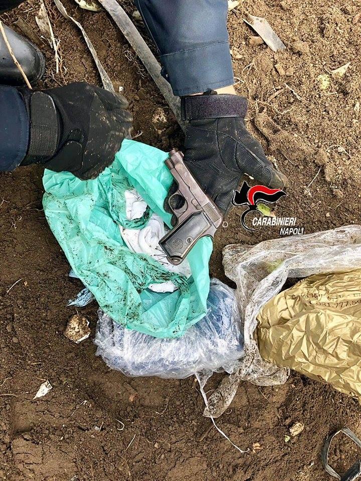 Photo of Ercolano. Armi e droga sotterrate nei pressi degli scavi