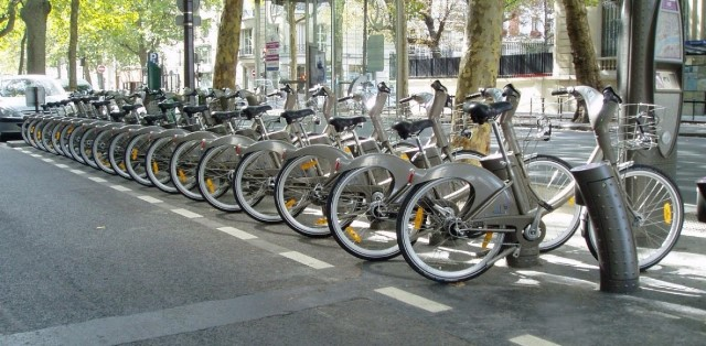 Photo of Portici, danneggiata stazione di bike sharing