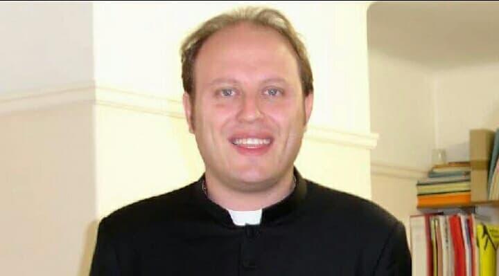 Photo of Processo don Michele per esorcismo su minorenne: sacerdote assente alla prima udienza