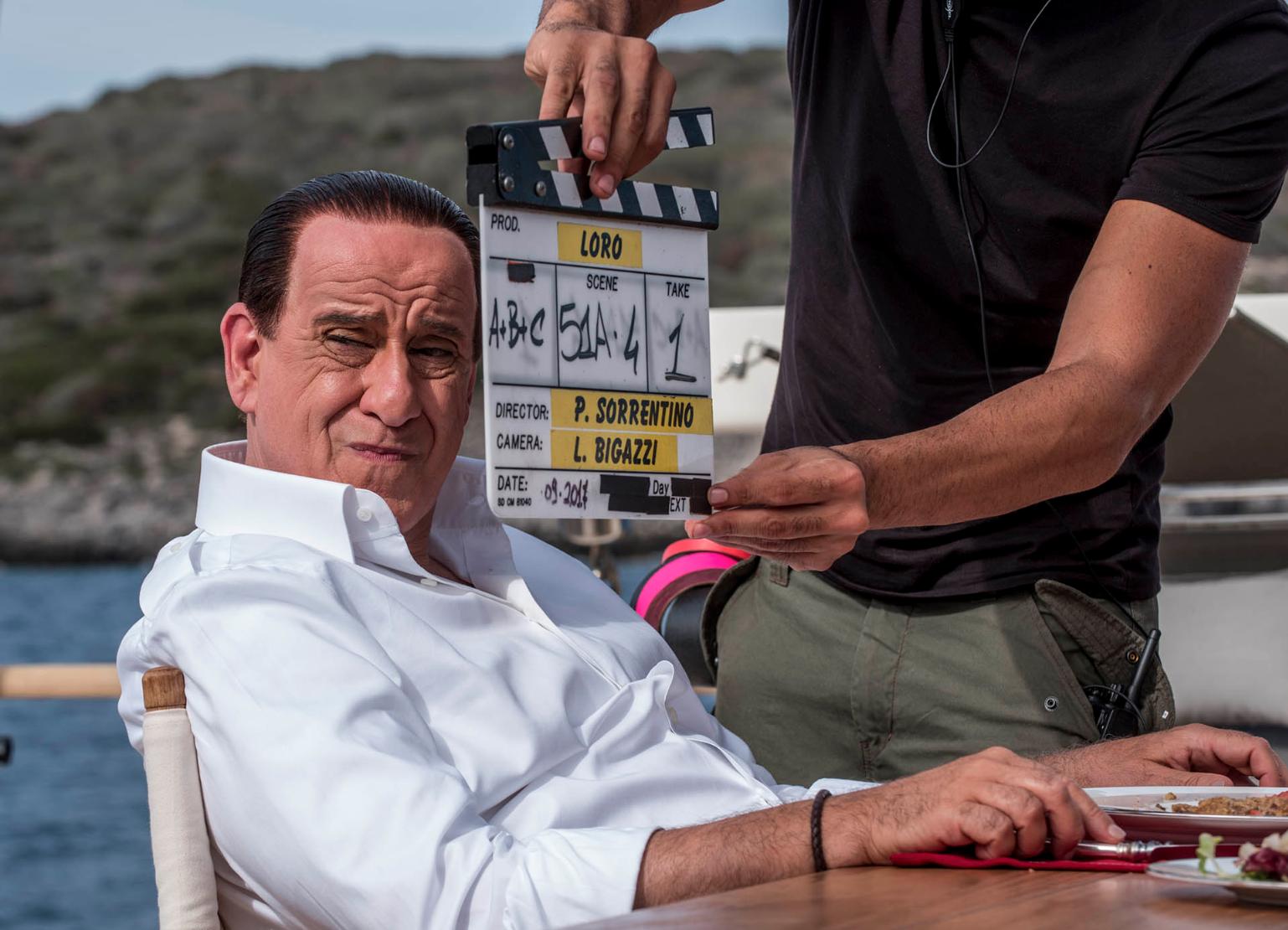 Photo of Loro1, oggi al cinema il primo capitolo del film di Sorrentino su Berlusconi (TRAILER)