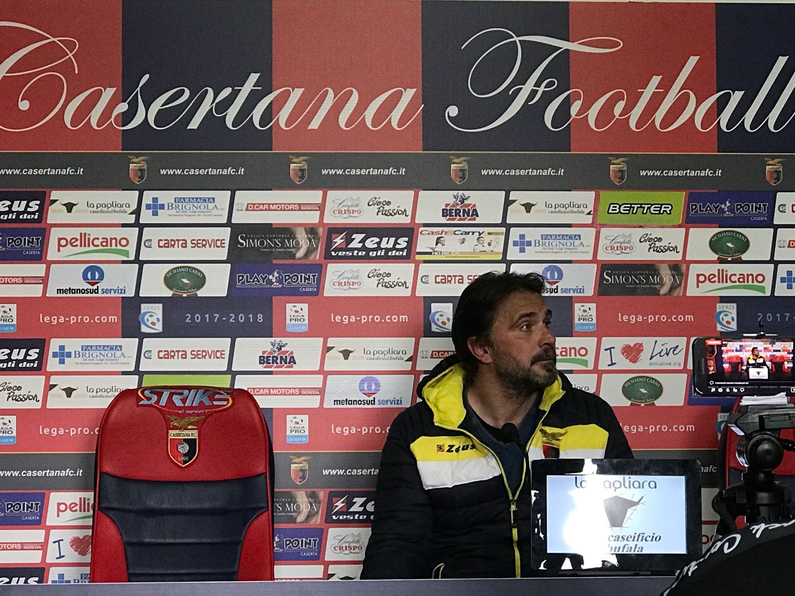 Photo of Casertana, le parole di Luca D'Angelo in conferenza stampa