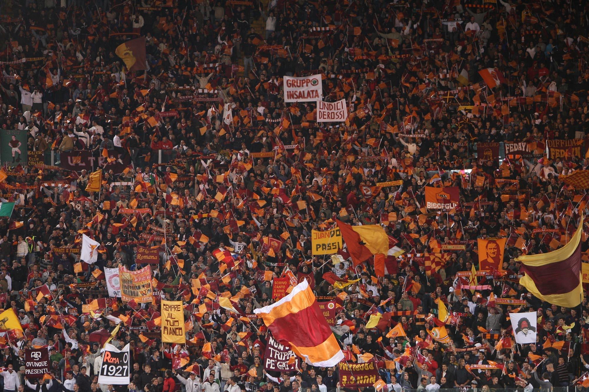 Liverpool-Roma, due tifosi romani arrestati per tentato omicidio