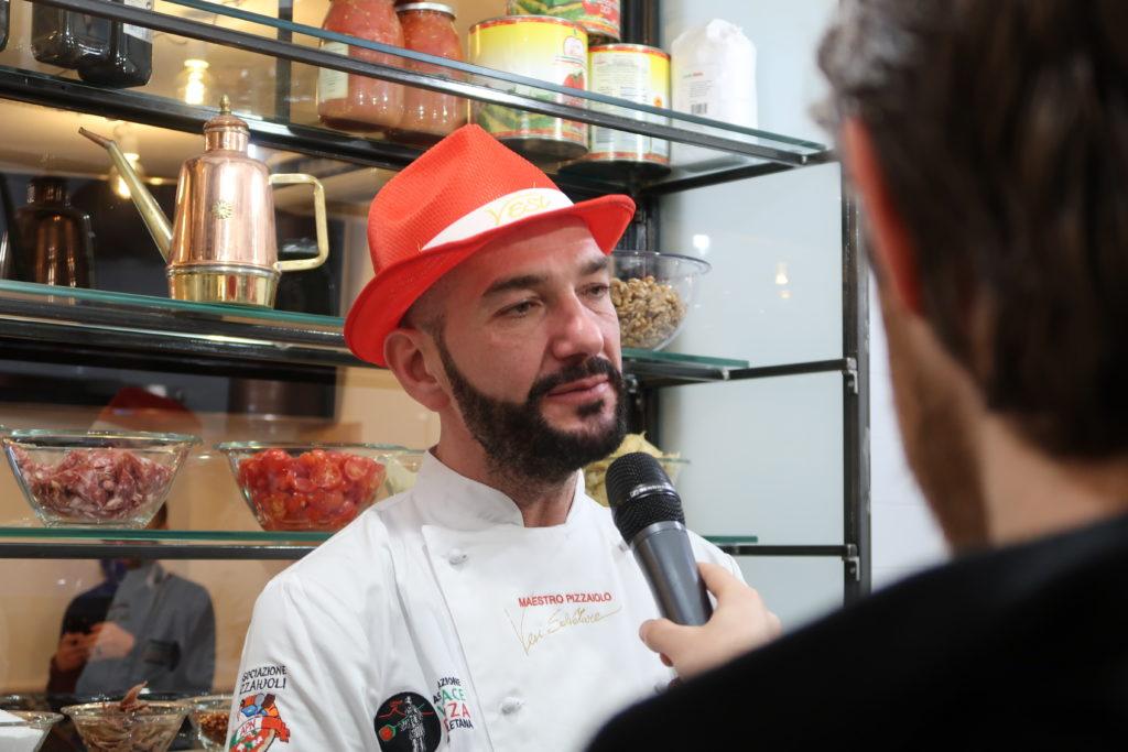 """Photo of Napoli. Pizza Village 2018: la creazione """"special"""" dello chef Salvatore Vesi è dedicata ai 120 anni della canzone """" 'O sole mio"""""""