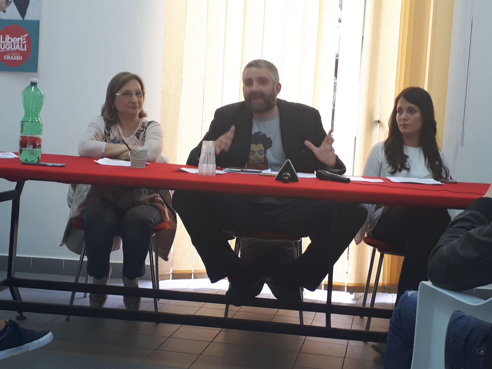 Photo of Finanziamento pubblico ai giornali, la solidarietà di LeU a Metropolis e ai giornali locali