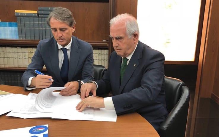Risultati immagini per Nazionale, Roberto Mancini ha firmato: