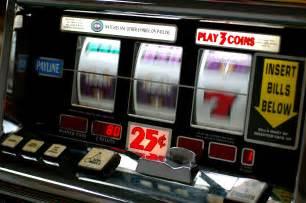 Photo of Slot machine, obbligatoria la tessera sanitaria dal 1 gennaio