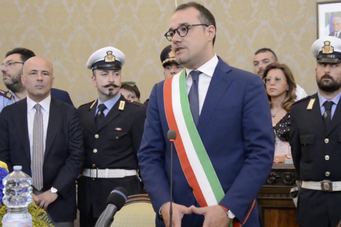 """Photo of Castellammare. Il neo sindaco: """"Subito la scuola di restauro, la squadra di governo entro la settimana prossima"""""""