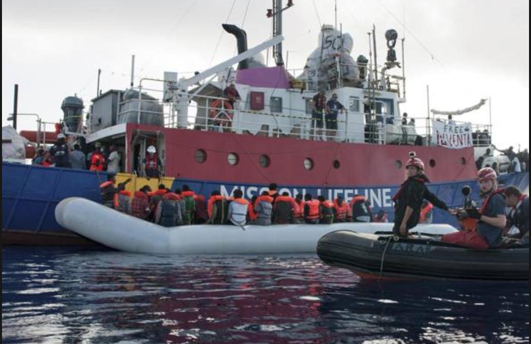 Photo of Immigrazione. Lifeline sbarca a Malta con 234 migranti
