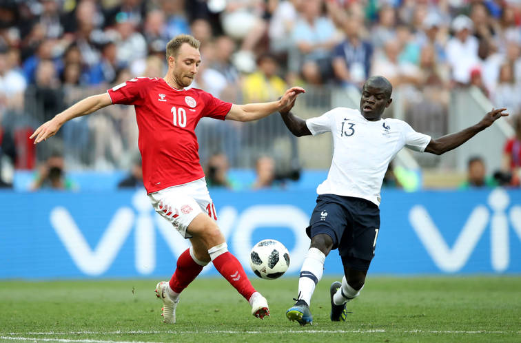 Photo of Mondiali, girone C: il primo 0-0 è arrivato, Francia e Danimarca si dividono la posta in palio e volano a braccetto agli Ottavi