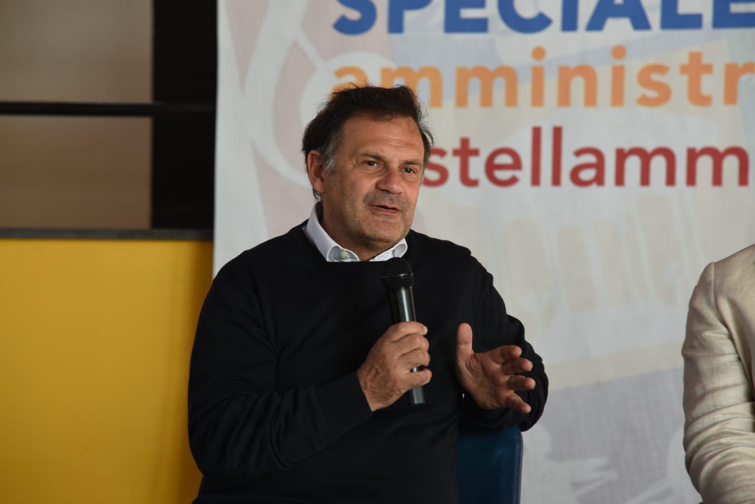 Photo of Elezioni, Castellammare. L'intervista al candidato sindaco Massimo de Angelis