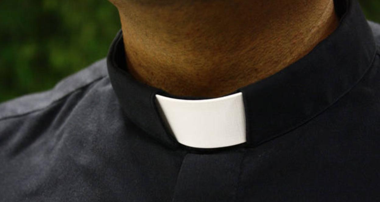 Photo of Vibo Valentia. Dua sacerdoti rinviati a giudizio per tentata estorsione aggravata dalle modalità mafiose