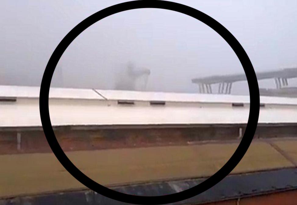 Photo of Maltempo a Genova, il crollo di un ponte in diretta (IL VIDEO)