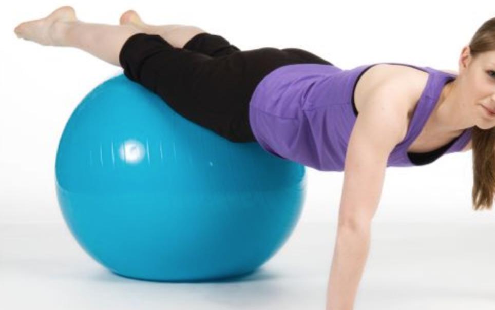 Photo of Riempì una palla per yoga con monossido di carbonio uccidendo moglie e figlia: a processo