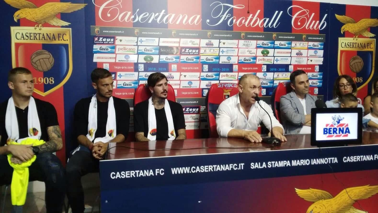 Photo of Casertana, presentati gli acquisti Vacca, Blondett e Adamonis
