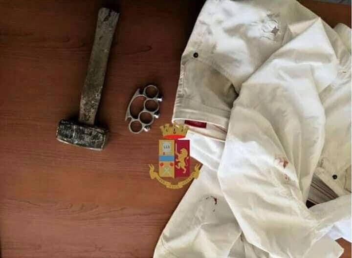 Photo of Afragola, aggredito con tirapugni e martello e poi lo derubano: presi in quattro