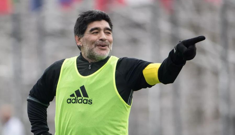 """Photo of Argentina, parla Maradona: """"Messi leader in nazionale? No, va in bagno 20 volte prima di una partita"""""""