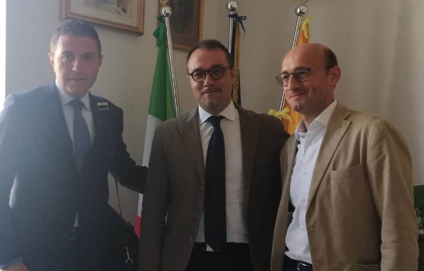 """Photo of Castellammare. Balneabilità in Villa, riunione a Palazzo Farnese. L'ex sindaco: """"Promessa mantenuta"""""""