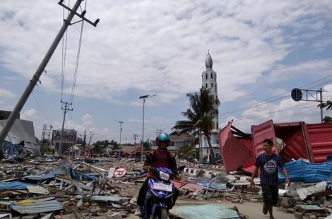 Photo of Terremoto in Indonesia: ritrovati oltre 1200 cadaveri