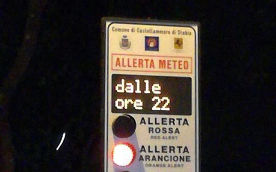Photo of Maltempo. Scuole chiuse a Gragnano e Castellammare