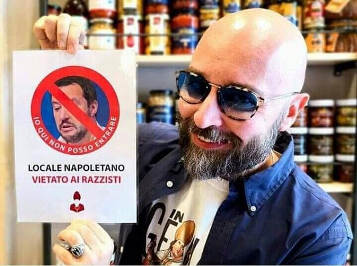 Photo of Napoli, divieto d'ingresso a Salvini in un ristorante della città