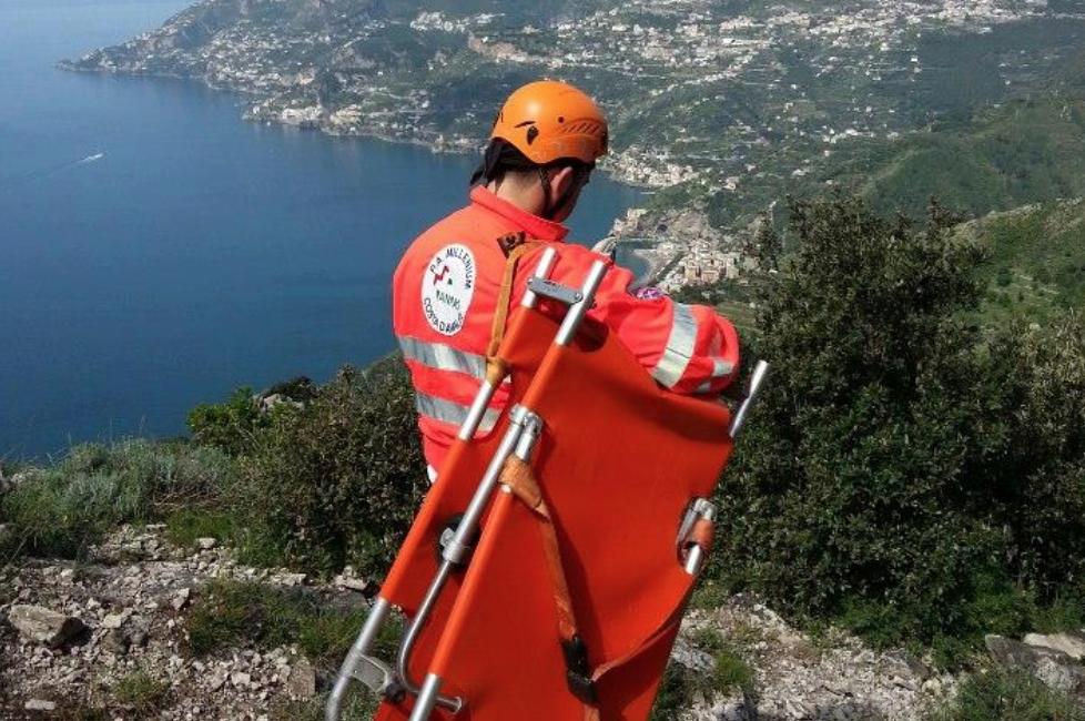 Photo of Costiera Amalfitana. Ritrovato senza vita il corpo di un escursionista