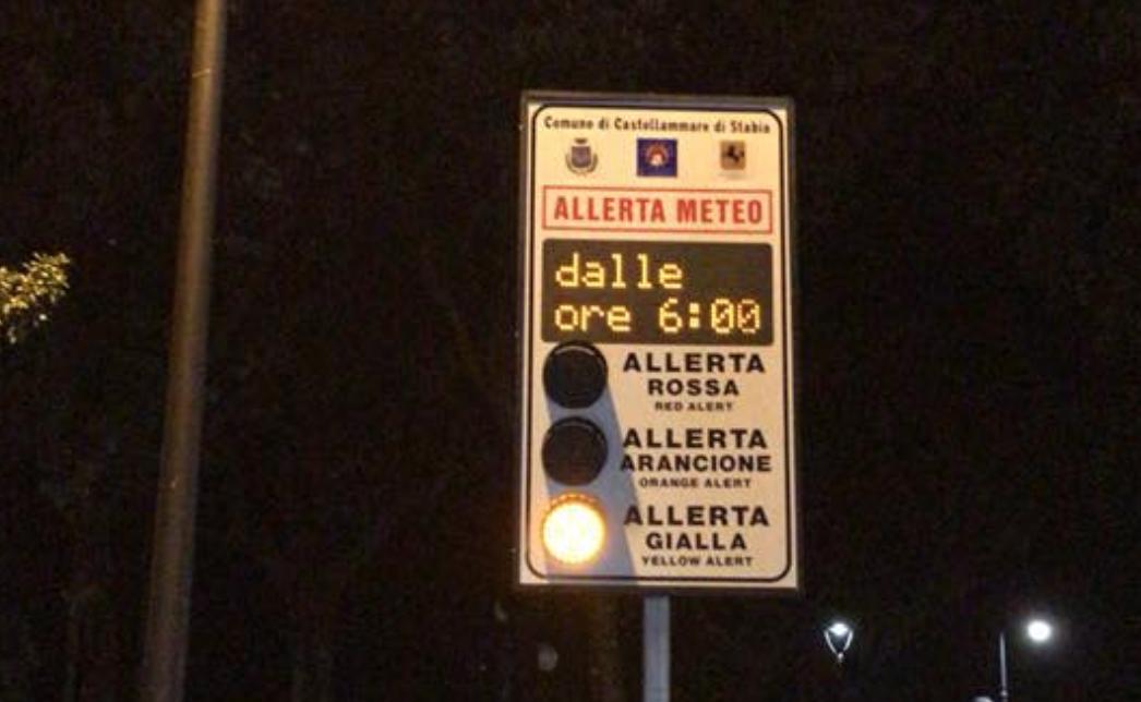 Photo of Castellammare. Allerta meteo, il sindaco Cimmino chiude le scuole per domani