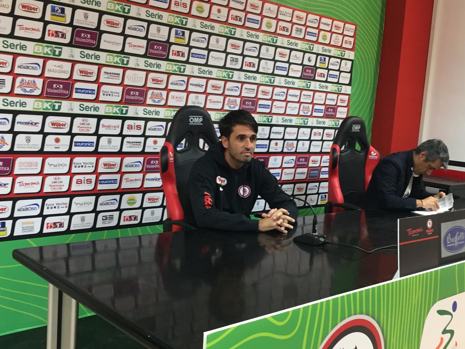 """Photo of Foggia, Grassadonia: """"Poco lucidi sul primo gol.  Bisogna crederci, è ancora tutto in gioco"""""""
