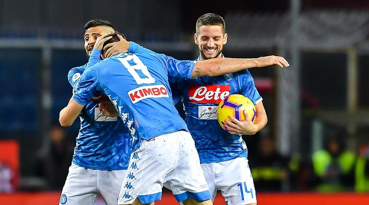 Photo of Un Napoli tutto cuore e attributi batte 2-1 il Genoa su un campo impraticabile