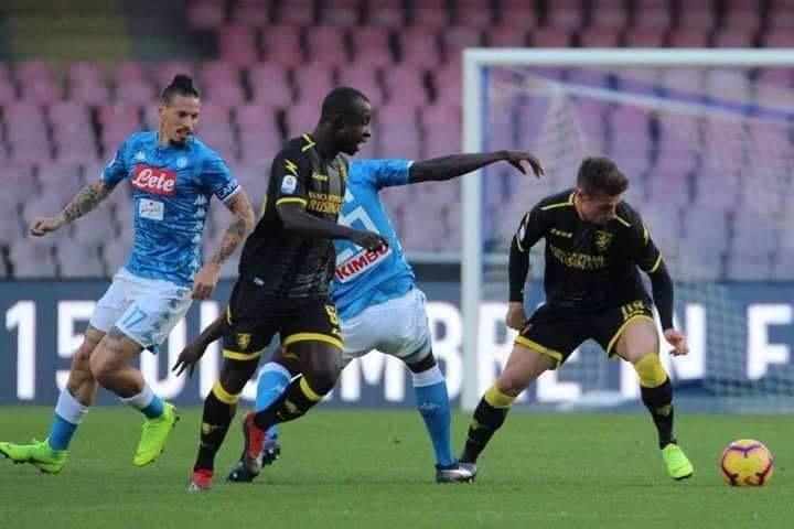 Photo of Tutto facile per il Napoli: Frosinone piegato 4-0