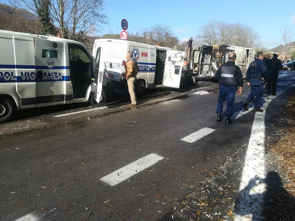 Photo of Rapina a portavalori sul Raccordo Salerno-Avellino, il racconto degli automobilisti