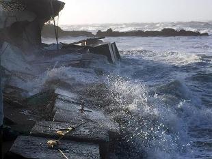 Photo of Imbarcazione affonda tra Sperlonga e Terracina: un disperso