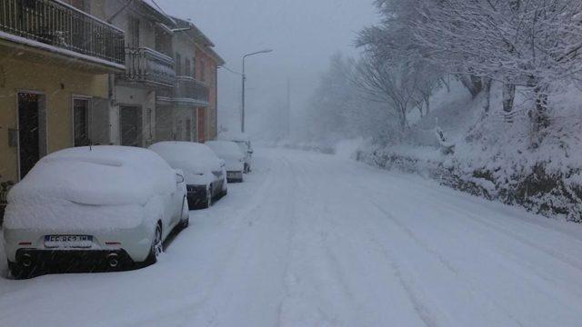 Photo of Nuova allerta meteo in Campania: attese nevicate e gelate nelle prossime ore