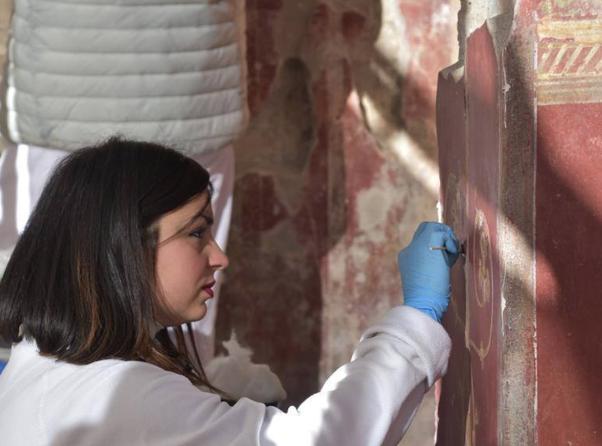 Photo of Pompei. Riapre la Schola Armaturarum crollata nel 2010